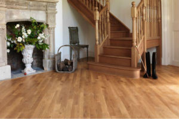 Chọn sàn gỗ phù hợp với đồ nội thất trong nhà.